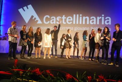 Closing ceremony - Ruggero Dipaola, director of <i>Appartamento ad Atene</i>, Castello d'Oro award (competition 6-15) with the Official Jury